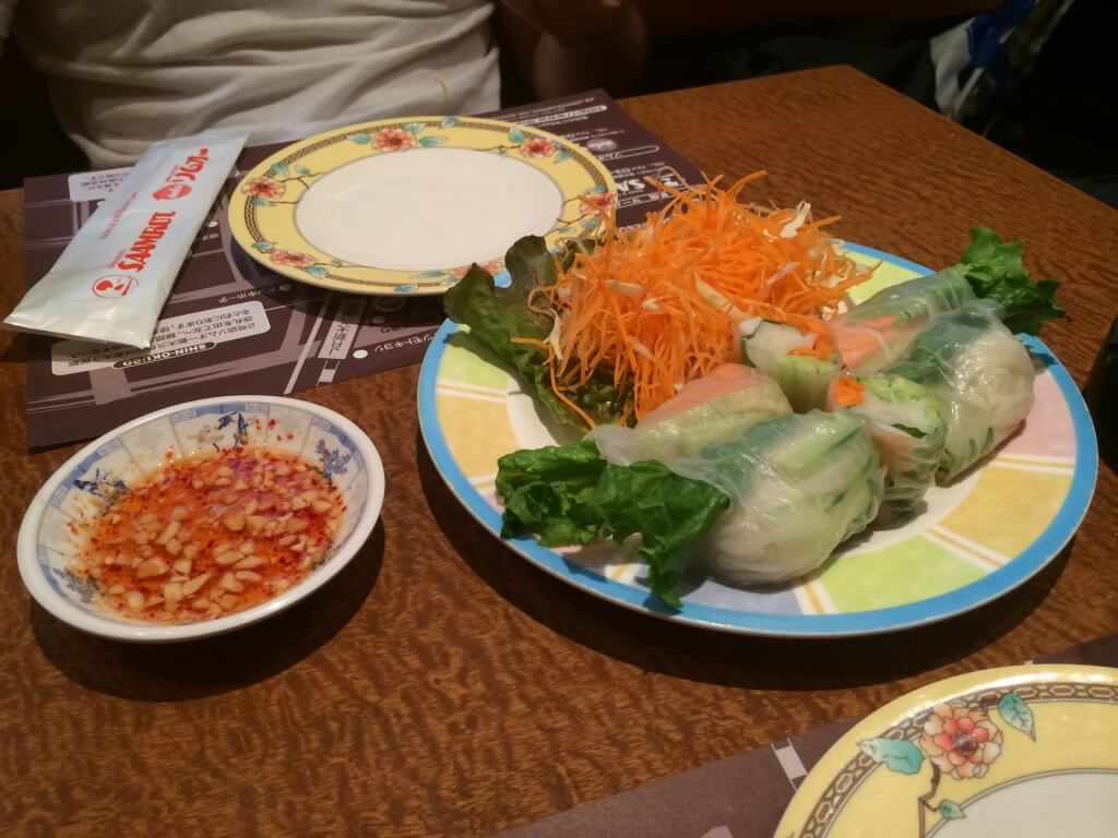 ספרינג רול נייר אורז שרימפס ירקות