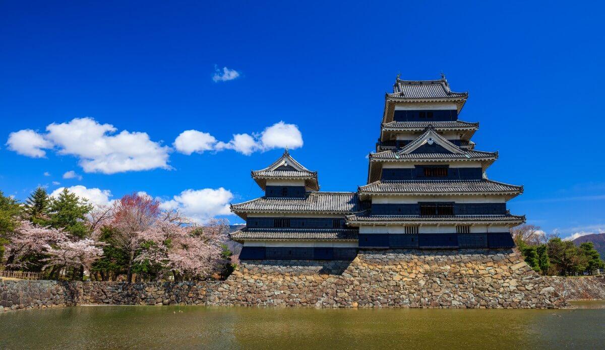 יפן בחודש מרץ