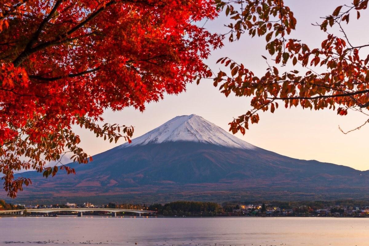 יפן בחודש אוקטובר