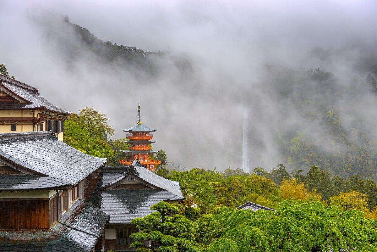 יפן בחודש אוגוסט