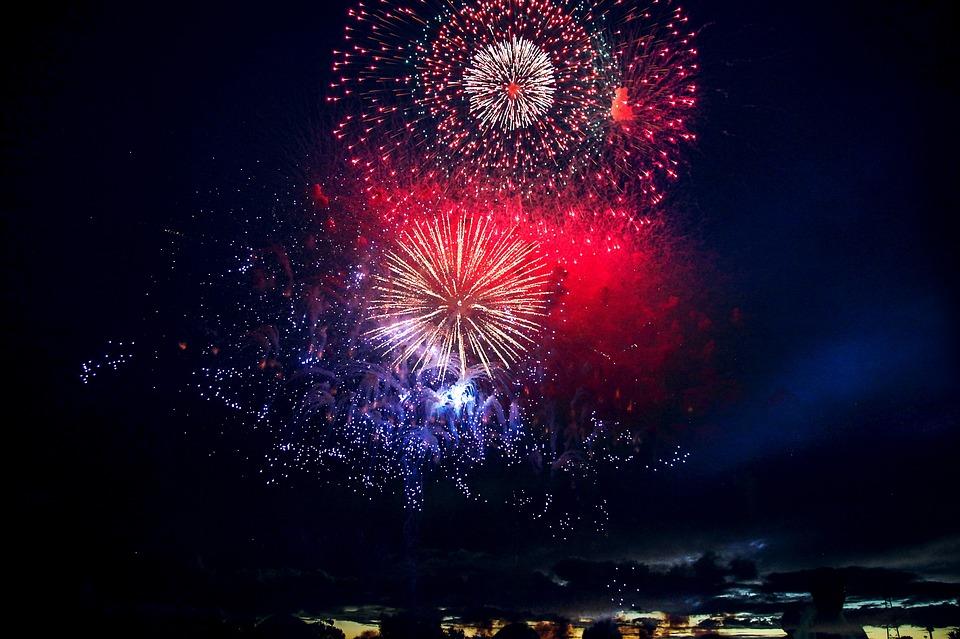 פסטיבל זיקוקים בקאמאקורה – 10 יולי