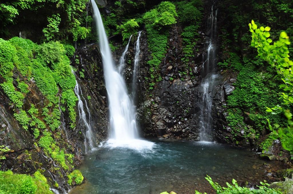 מפלי אוראמי – מרכז ניקו – Urami Falls