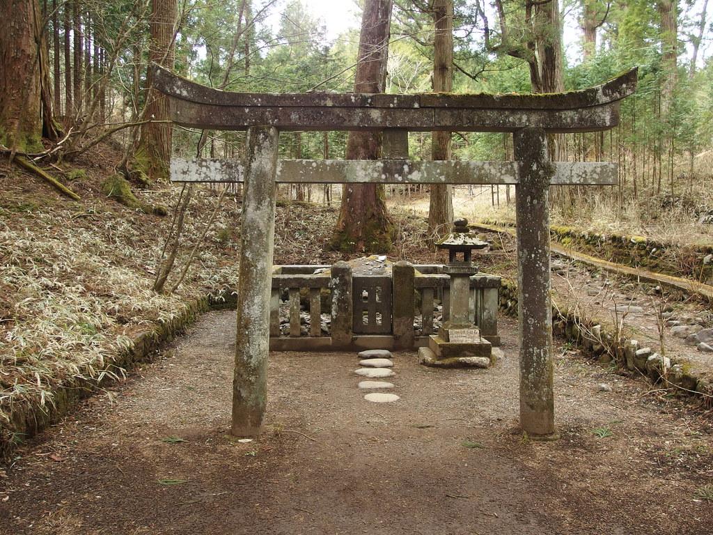 מקדש טאקינוג'ינג'ה – מרכז ניקו – Takinoo-jinja Shrine