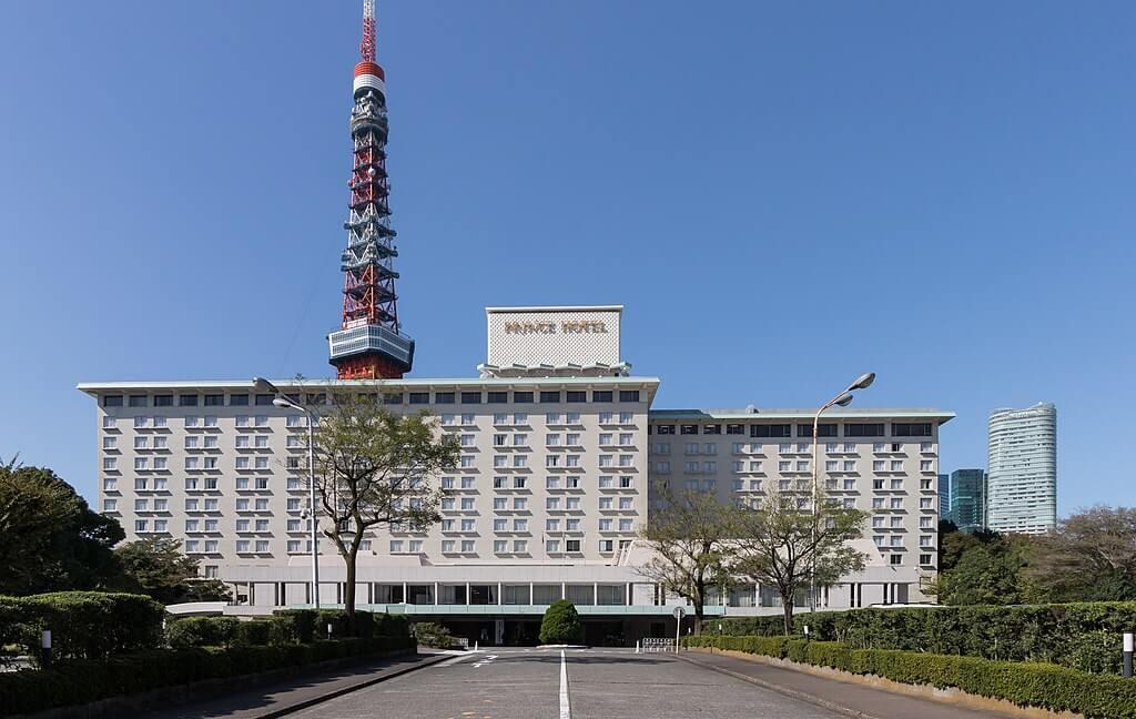 מלונות יפן נערכים לקבלת תיירים